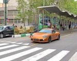 عکس: انتظار دیدن پورشه یا رسیدن اتوبوس؟!