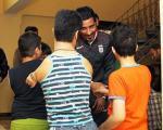 دیدار کی روش ، ملی پوشان و کودکانِ یتیم و معلول ( عکس )