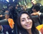 سلفی هوادار دختر در اتوبوس تیم ملی ایران / عکس