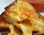 پیش غذا آسان با طرز تهیه پنیر سوخاری