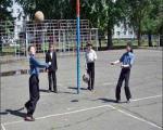 ورزش برای کودکان ضروری است.