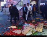 درگیری شدید ماموران شهرداری با دستفروشان+عکس