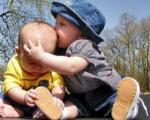 چرا بچه ها با هم دعوا می کنند؟والدین چه کنند؟