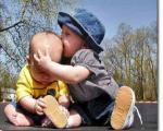 نشانه هاي اخطاردهنده درباره تاخير رشد کودک