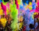 جشن جالب و مفرح رنگ پاشی هندی ها