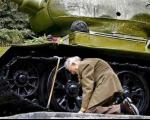 ده عکس تاریخی که اشک به چشم میآورد