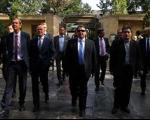 سوغاتی خریدن وزیر آلمانی در اصفهان