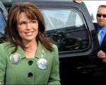 محافظ اخراج شده اوباما، تلافی اش را سر سارا پیلین در آورد
