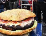 پخت بزرگترین همبرگر جهان در تورنتو