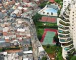 مرز بین فقیران و ثروتمندان +عکس