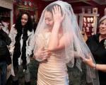 لباس عروس مجانی برای خانمهای نظامی +تصاویر