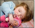 بچهها از چه سنی بايد در اتاق خودشان بخوابند؟