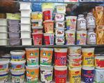 لبنیات پرچرب روی دست مغازه ها ماند/ مردم از ترس روغن پالم با احتیاط شیر می خورند
