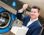 اولین ماشین لباسشویی بدون آب عرضه شد