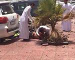 حمله انتحاری در مسجد امام حسین(ع) شهر دمام عربستان با لباس زنانه