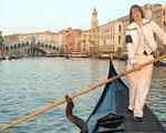 با موفقیت یك زن ایتالیای در آزمون كرجی رانی