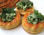 طرز تهیه نان و پنیر و سبزیِ مجلسی