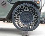 خودروهای نظامی، مجهز به لاستیک بدون هوا