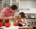 نقش پدران در رشد هویت جنسی دختران