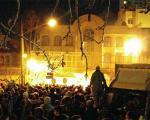 به جای بالا رفتن از دیوار سفارت، به سوریه اعزام شوید