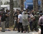 یک کشته و11 زخمی در تیراندازی مقابل سفارت ایران در لبنان