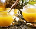طرز تهیه ی شربت آناناس و کرفس