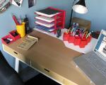 اقلام سادهای که باید روی میز کار خود داشته باشید