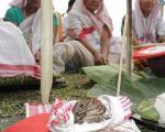 اقدام عجیب و جالب زنان هندی در فصل گرما +تصاویر