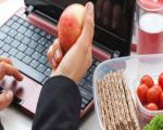 ویژگی یک رژیم غذایی متعادل برای افراد شاغل