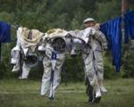 لباس فضانوردان را چطور تمیز میکنند؟