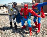 سوپرمن هایی که پنجره می شورند ! + تصاویر