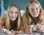 زنان بیشتر بازی می کنند یا مردها؟