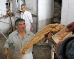 دولت برای تامین نان شب مردم چقدر هزینه می کند؟
