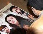 امضای سیدمحمد خاتمی بر پوستر یک فیلم بین المللی+عکس