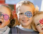این بیماری چشمی در کمین کودکان است