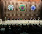 ترک زود هنگام محل برگزاری جشن جهانی نوروز از سوی احمدی نژاد