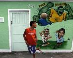 جام جهانی برزیل و چالش سوء استفاده از کودکان در بازار فحشا/ کارگران جنسی مشغول یادگیری زبان انگیسی هستند!