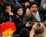 درگیری مارادونا با هواداران آلمان