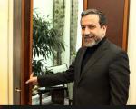 عراقچی  :   گروههایی که از تحریم سود میبردند، میگویند سوییفت وصل نشده است
