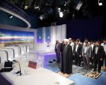 اقامه نماز جماعت در برنامه زنده +عکس
