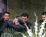 احمدینژاد در تشییع شهدای حرم(تصاویر)