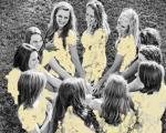فروش عکس های برهنه دختران راگبی باز برای امور خیریه!+عکس