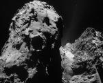 نمایی از صخره غولپیکر بر سطح دنبالهدار 67P + تصاویر