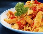 طرز تهیه ماکارونی با پنیر و گوجه فرنگی