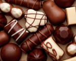 در زمان حاملگی شکلات بخورم یا نه؟