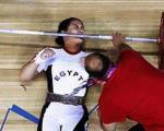 این زن ورزشکار مصری زیر وزنه ماند/ عکس