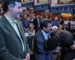 احمدینژاد رییس جمهور است یا اسطوره؟/گزارشی از تملقگویی درباره رییسجمهور