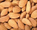 بادام، از مهم ترین غذاهای بارداری