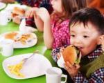 نکاتی راجع به تغذیه دانش آموزان در مدرسه