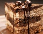 با خرما و گردو کیک شکلاتی رژیمی درست کنید